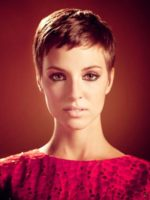 Very Short Hairstyles for Long Faces Women