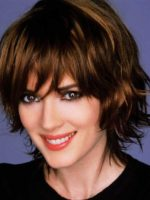 Wavy Short Hairstyle for Women